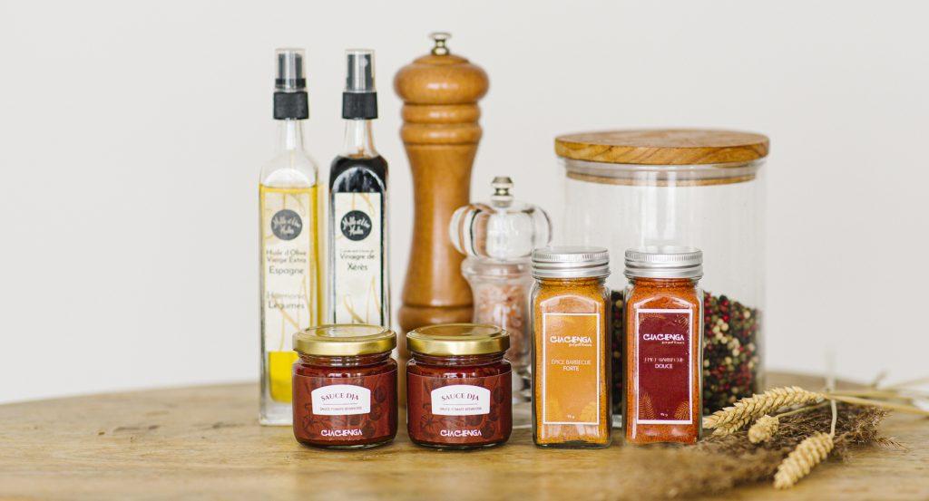 Présentation d'épices et sauces africaines béninoisesbinois